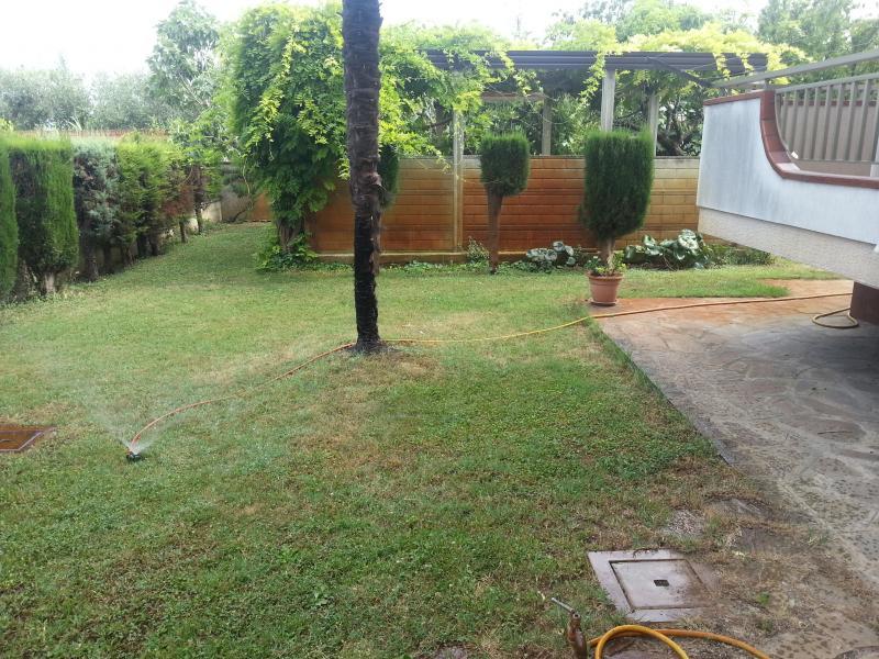 Villa in vendita a Martinsicuro, 13 locali, Trattative riservate | Cambio Casa.it