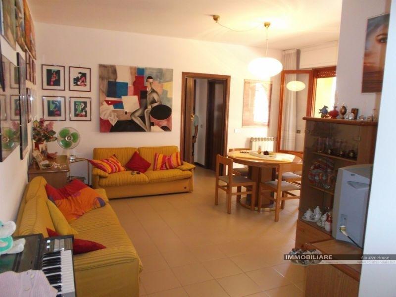 vendita appartamento alba adriatica zona mare  105000 euro  3 locali  70 mq
