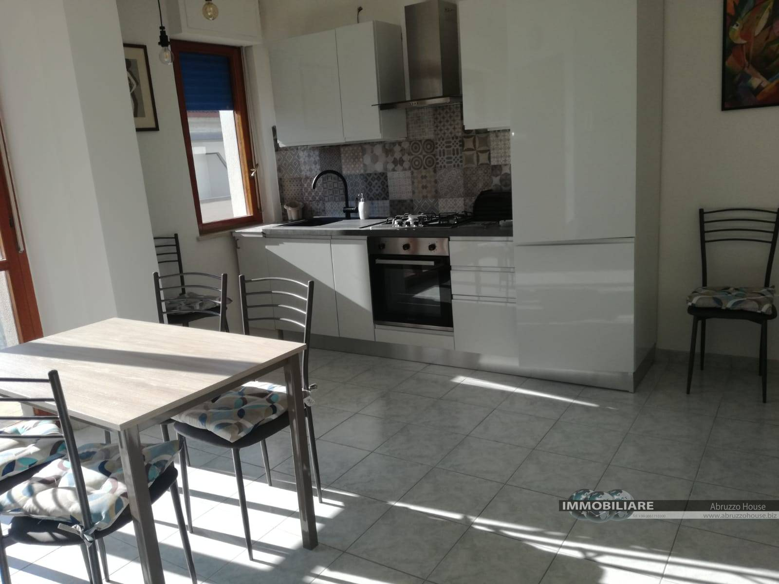 Appartamento in affitto a Alba Adriatica, 3 locali, zona Località: ZonaMare, Trattative riservate | CambioCasa.it
