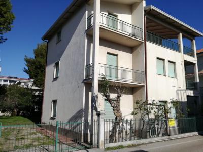 Casa singola in Vendita a Alba Adriatica