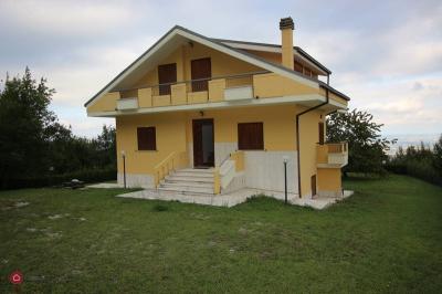 Casa singola in Vendita a Civitella del Tronto