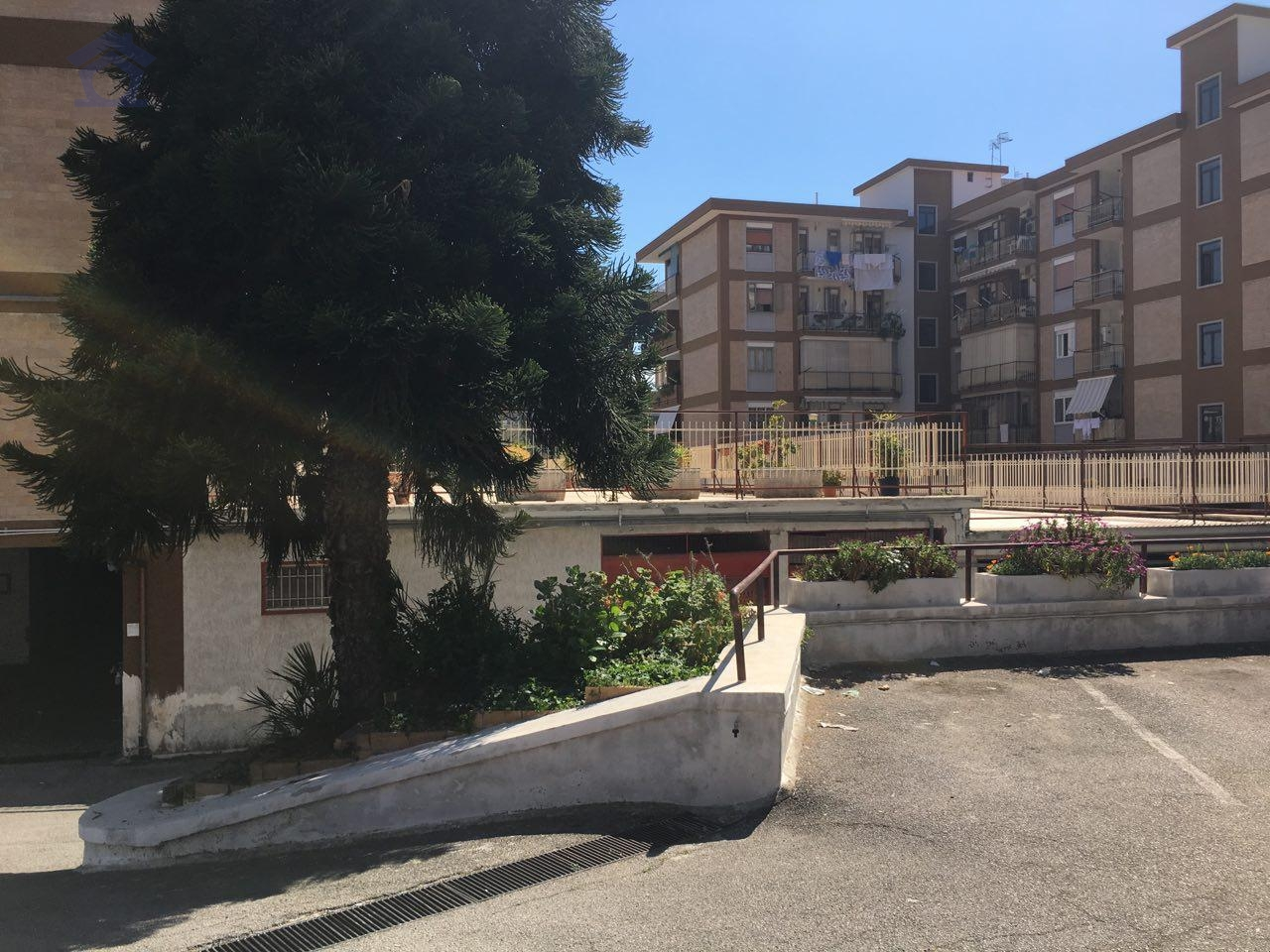 Box / Garage in vendita a Torre Annunziata, 1 locali, zona Località: nord, prezzo € 24.000   Cambio Casa.it