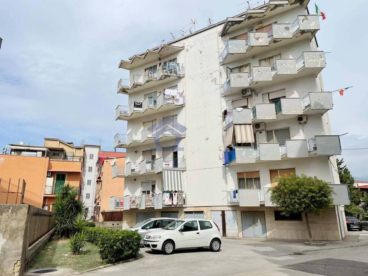 Appartamento in vendita a Torre Annunziata, 3 locali, zona Località: sud, prezzo € 110.000   CambioCasa.it