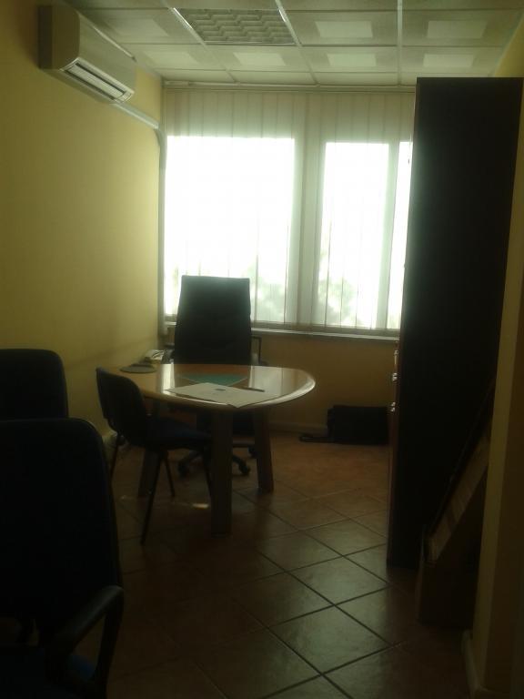 Ufficio / Studio in Vendita a Carrara