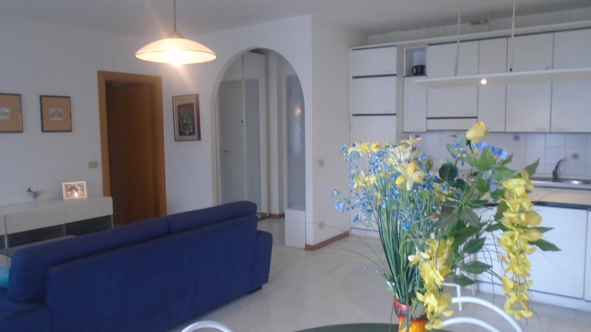 Appartamento, 85 Mq, Vendita - Massa (Massa Carrara)