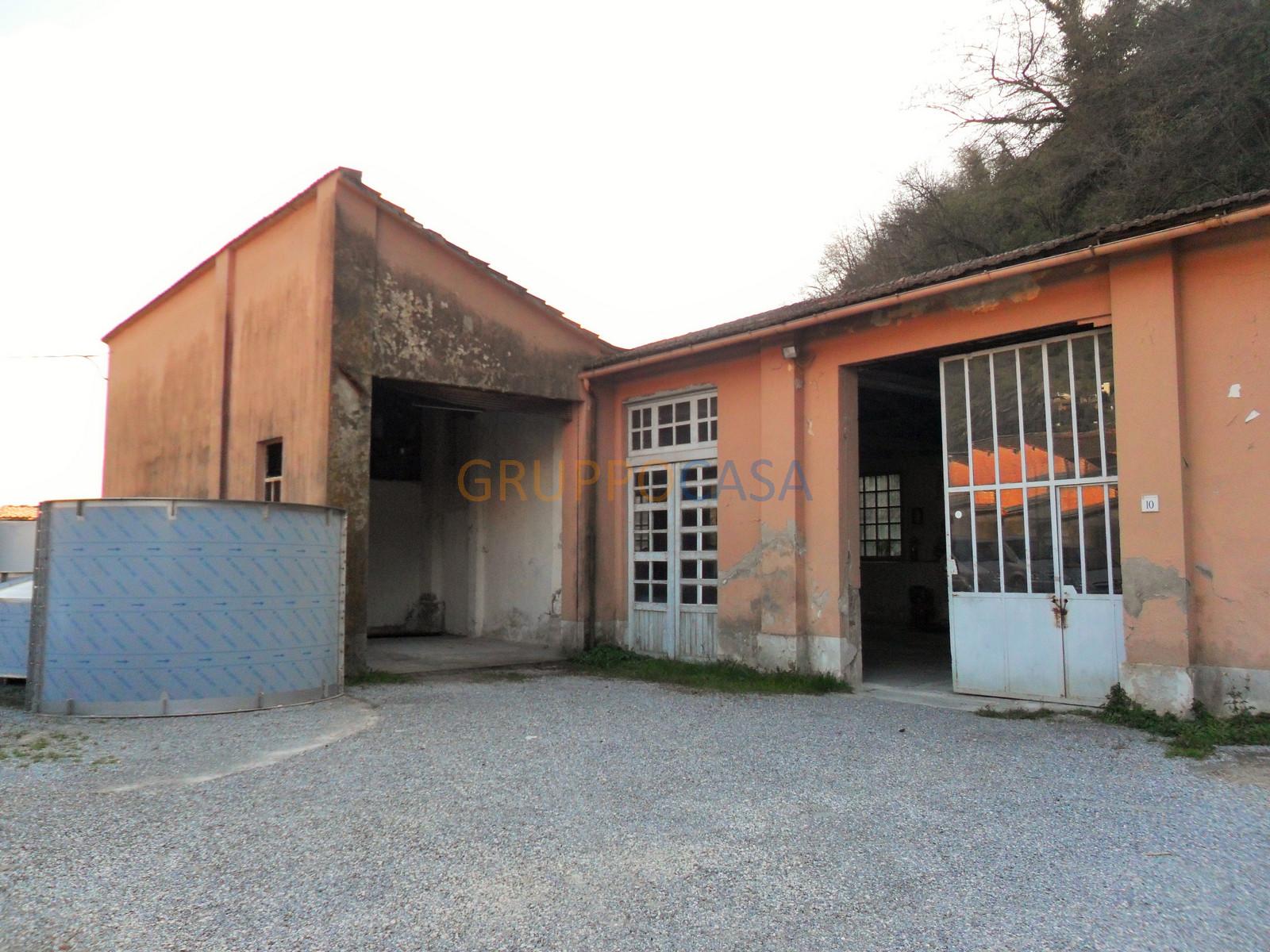 Laboratorio in vendita a Pescia, 9999 locali, zona Località: Periferia, prezzo € 45.000 | Cambio Casa.it