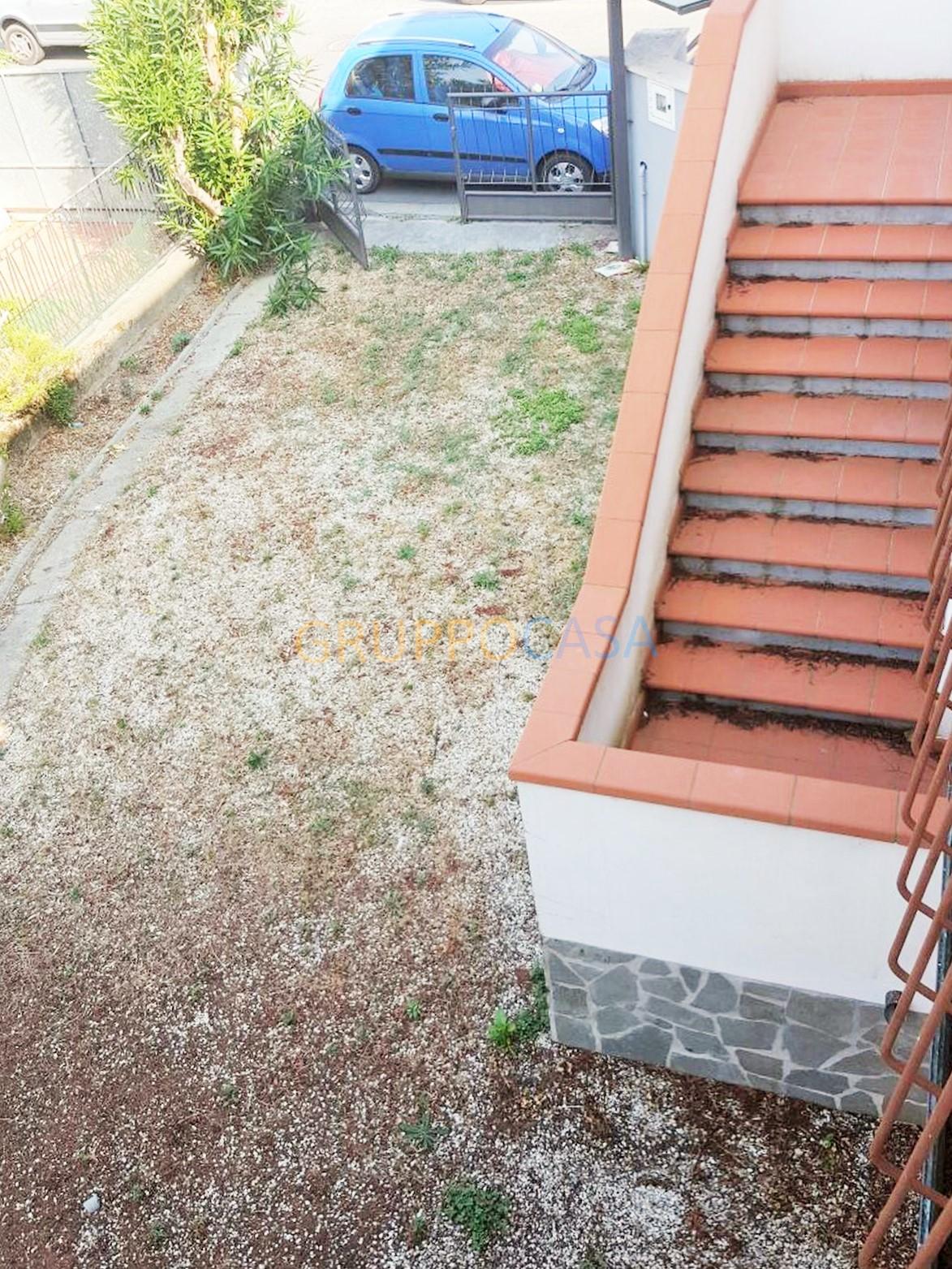 Soluzione Indipendente in vendita a Pescia, 6 locali, zona Località: Centro, prezzo € 225.000 | Cambio Casa.it