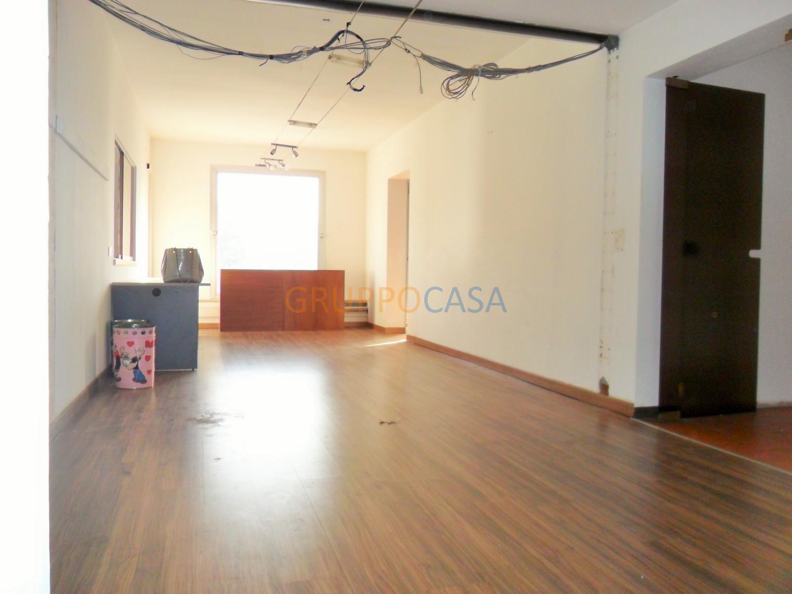 Ufficio / Studio in affitto a Uzzano, 9999 locali, zona Località: S.aLucia, prezzo € 950 | Cambio Casa.it