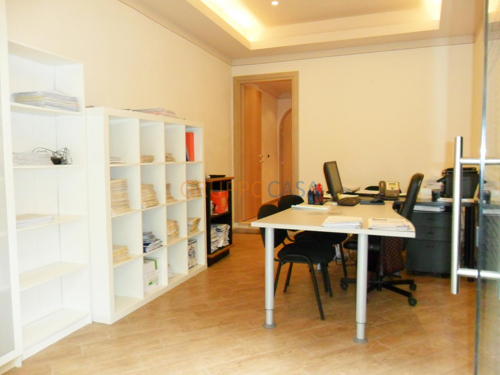Ufficio / Studio in Affitto a Pescia