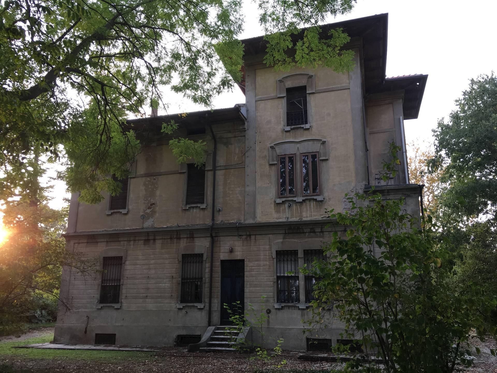 Villa in vendita a Marcaria, 16 locali, zona Zona: Ospitaletto, prezzo € 275.000 | CambioCasa.it