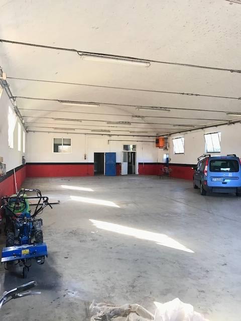 Capannone in affitto a Roncoferraro, 9999 locali, zona Zona: Barbasso, prezzo € 800   CambioCasa.it