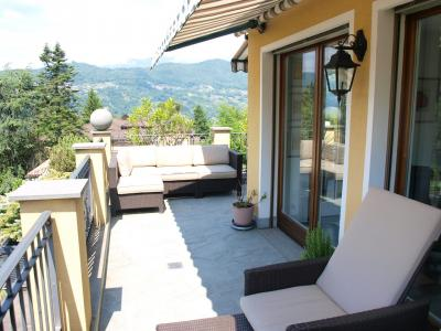 Attic / Penthouse for Sale in Collina d'Oro