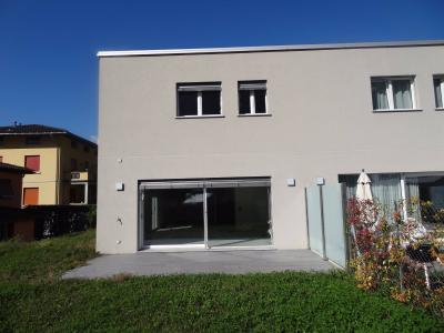 House / Villa for Sale in Melano