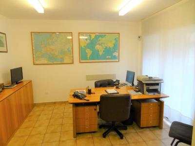 Studio / Büro zu Verkaufen in Chiasso