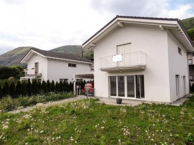 Casa / Villa in Vendita a Bedigliora