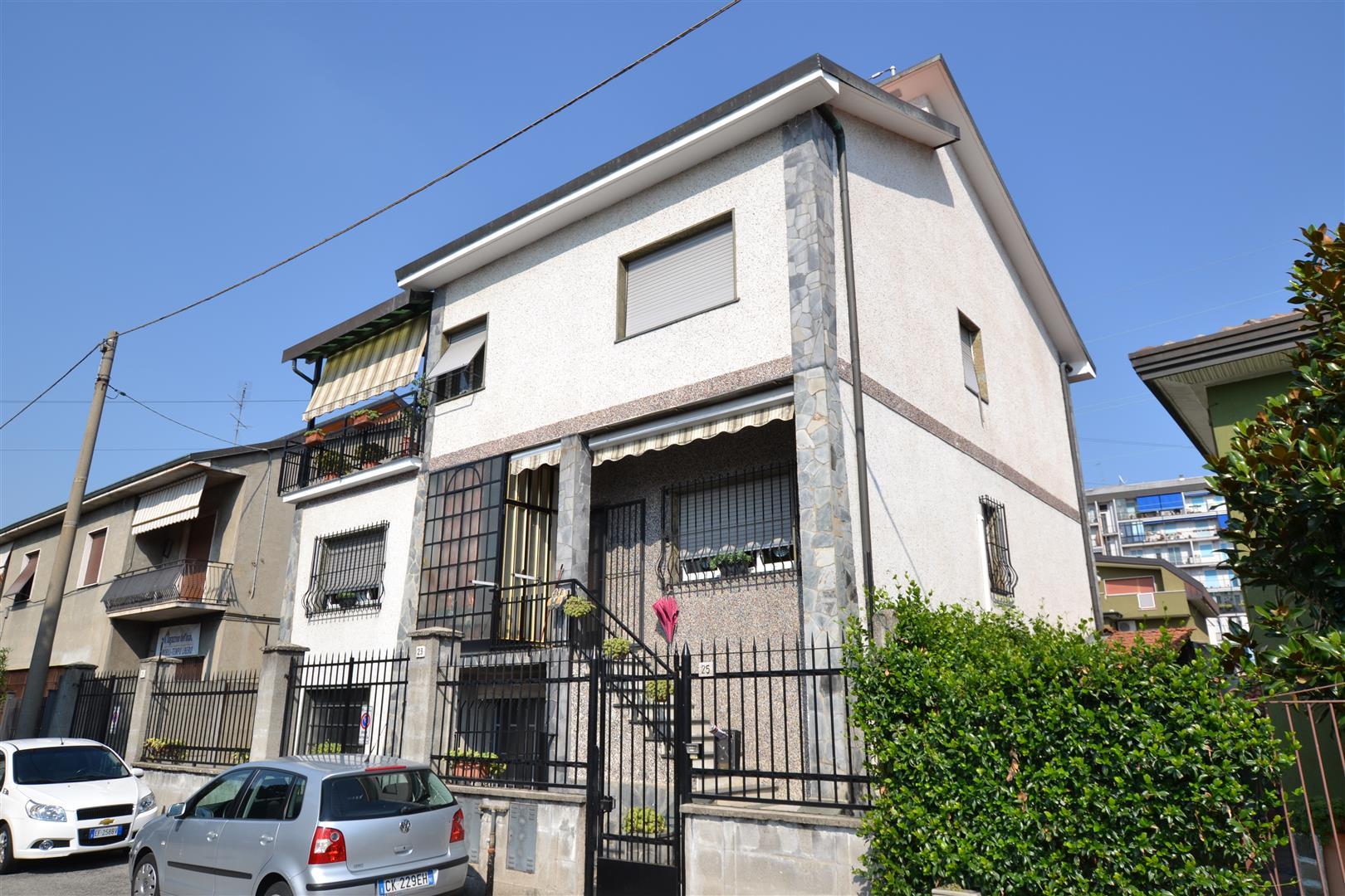 Cologno Monzese   Appartamento in Vendita in    lacasadimilano.it