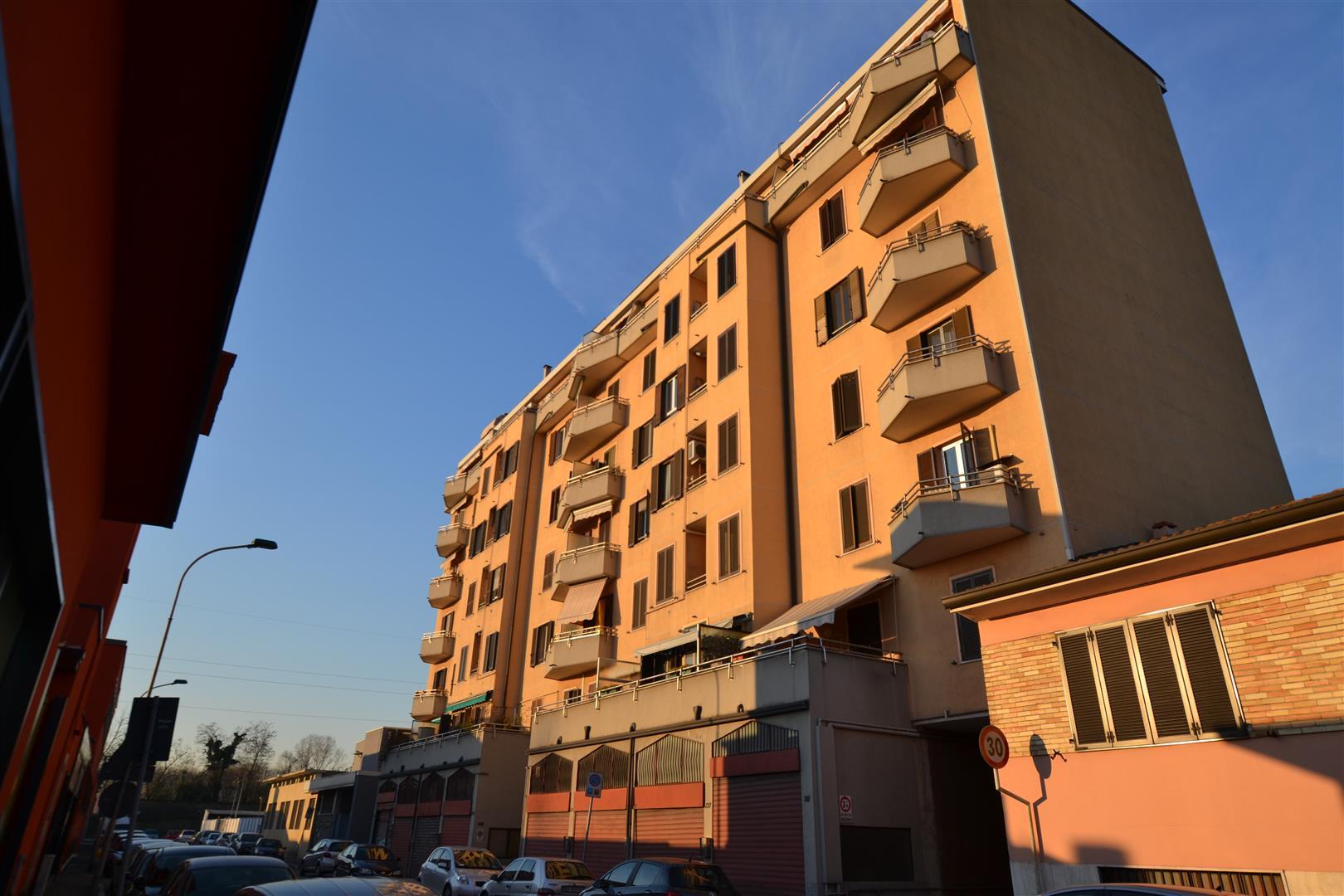 Cologno Monzese | Appartamento in Vendita in Via Andrea Doria | lacasadimilano.it