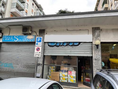 Locale commerciale in Vendita a Cologno Monzese