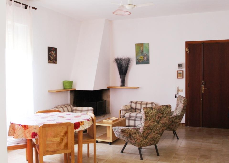 Appartamento in vendita a Villasimius, 3 locali, zona Località: Centro, prezzo € 149.000 | Cambio Casa.it