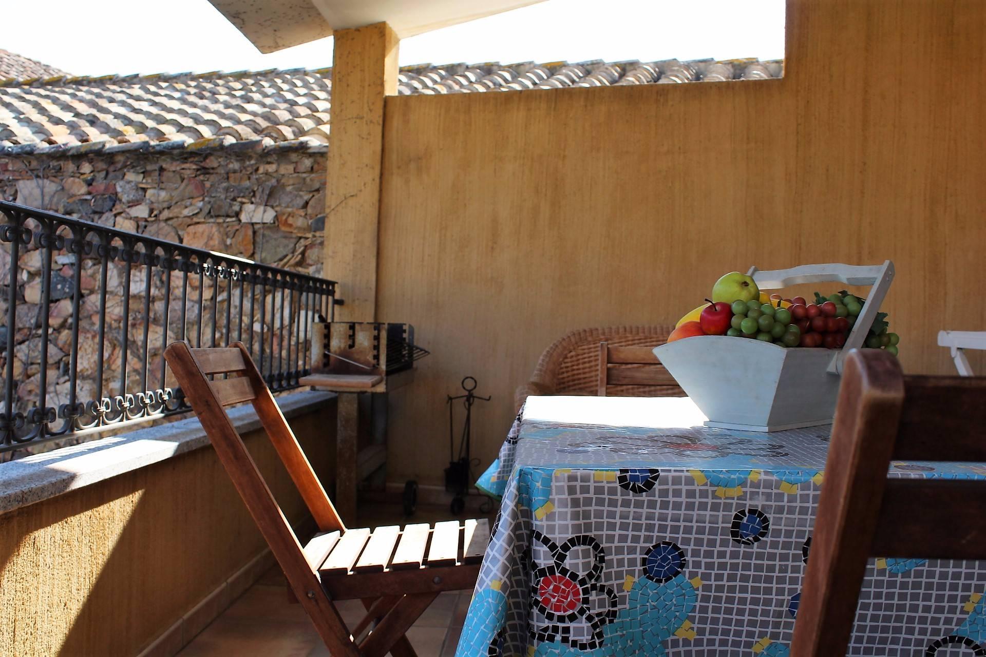Appartamento in vendita a Villasimius, 4 locali, zona Località: Centro, prezzo € 185.000 | Cambio Casa.it
