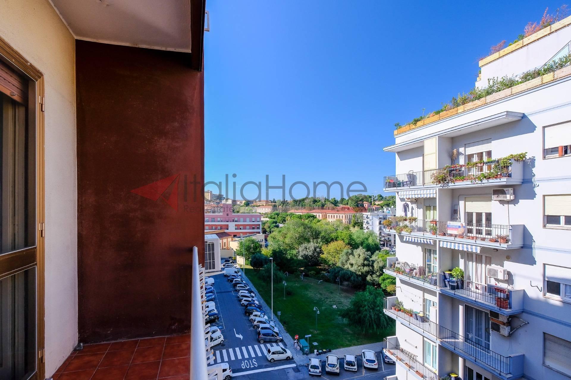 Appartamento, 140 Mq, Vendita - Cagliari (Cagliari)