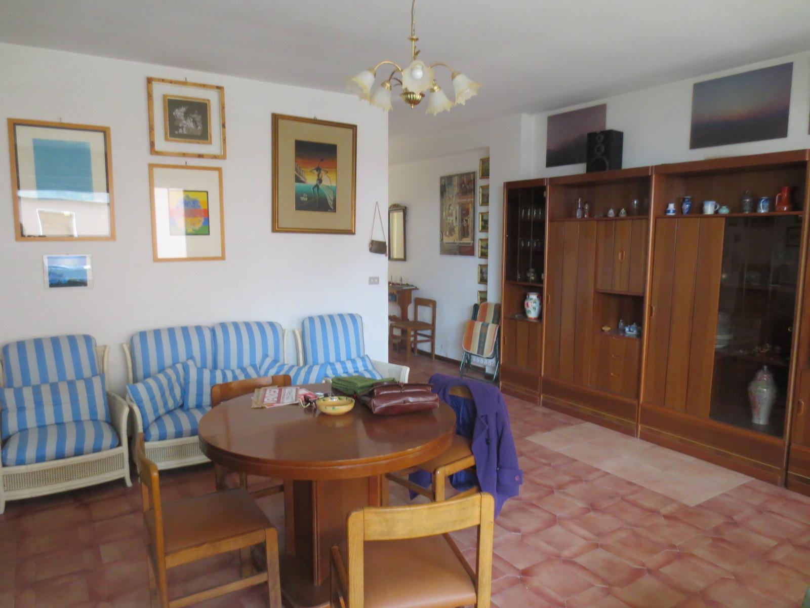 Appartamento in vendita a Folignano, 5 locali, zona Località: VillaPigna, prezzo € 155.000   PortaleAgenzieImmobiliari.it