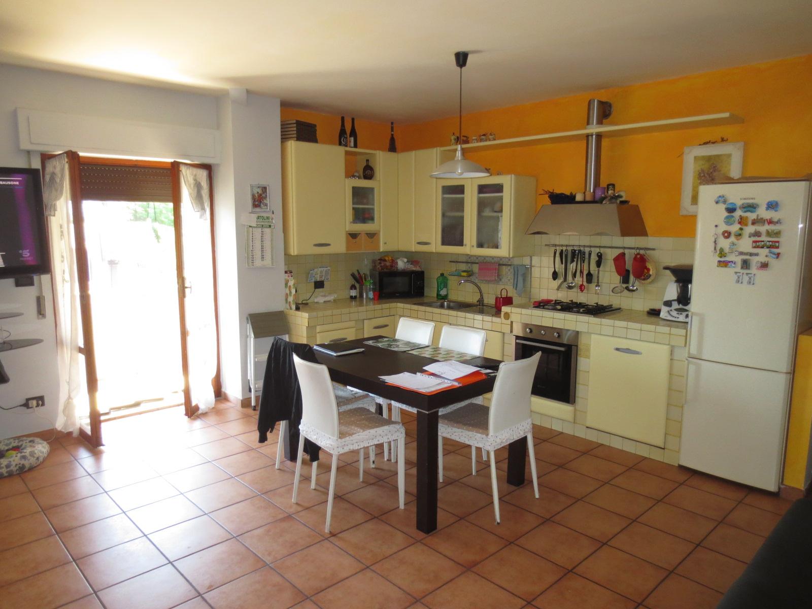 Attico / Mansarda in vendita a Folignano, 4 locali, zona Località: VillaPigna, prezzo € 98.000   PortaleAgenzieImmobiliari.it