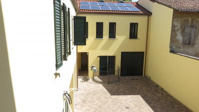 2 Camere - TRILOCALE in Vendita a Cento