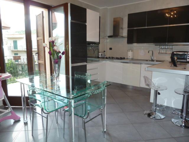 vendita appartamento san benedetto del tronto   145000 euro  3 locali  61 mq