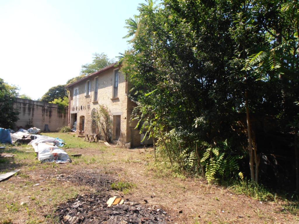 Rustico / Casale in vendita a Monsampolo del Tronto, 8 locali, Trattative riservate | Cambio Casa.it