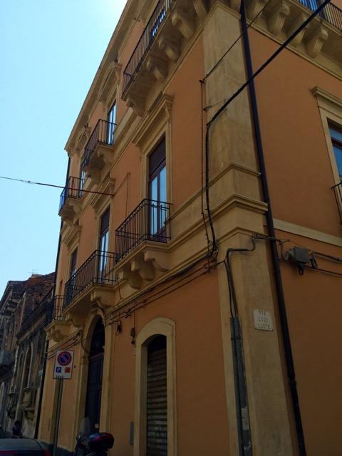 Bilocale Catania Via Santa Maria Della Catena 3