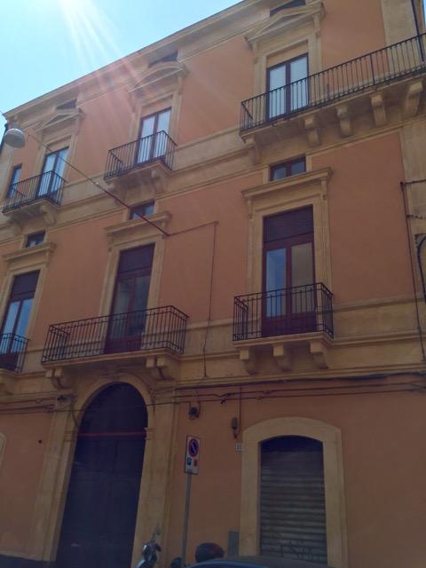 Bilocale Catania Via Santa Maria Della Catena 5