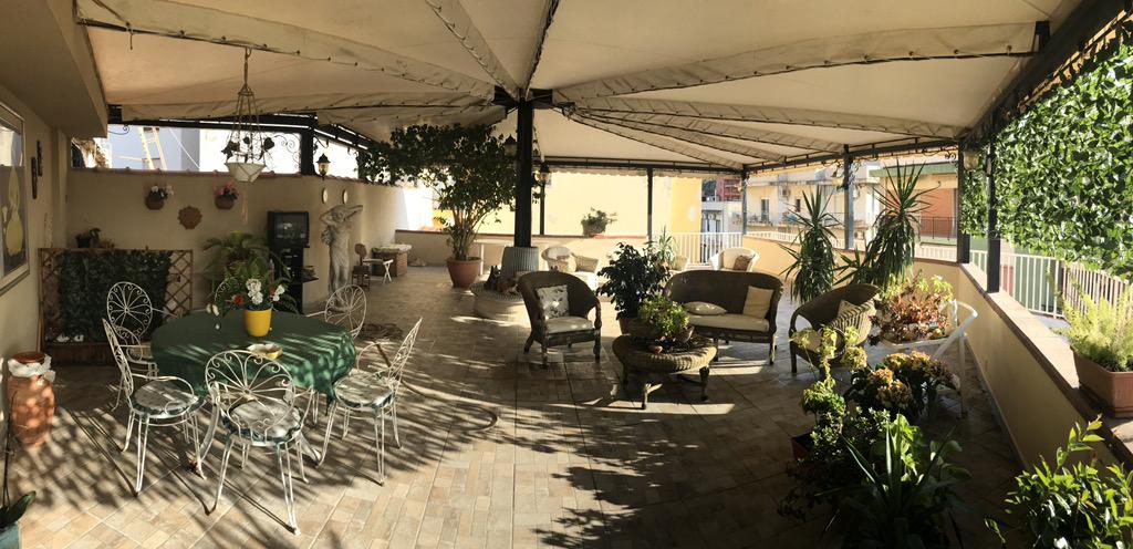 Attico / Mansarda in vendita a Reggio Calabria, 10 locali, zona ro, prezzo € 240.000   PortaleAgenzieImmobiliari.it