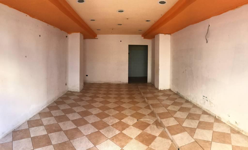 FONDO COMMERCIALE in Affitto a Reggio Di Calabria (REGGIO CALABRIA)