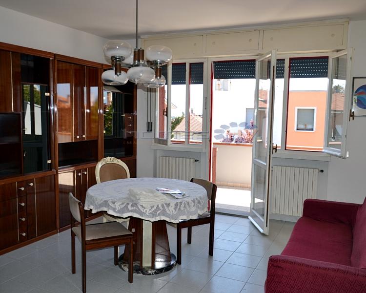 Villa a Schiera in affitto a San Costanzo, 4 locali, prezzo € 500 | Cambio Casa.it