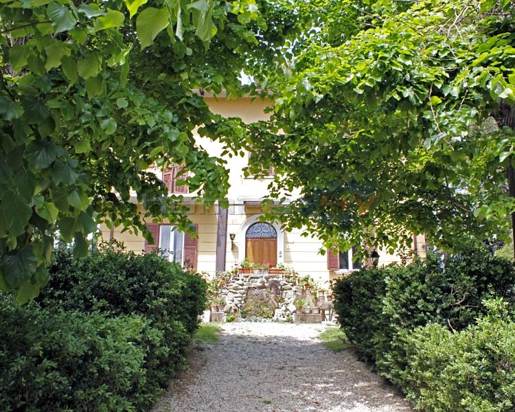 Soluzione Indipendente in vendita a Pergola, 12 locali, prezzo € 390.000 | Cambio Casa.it