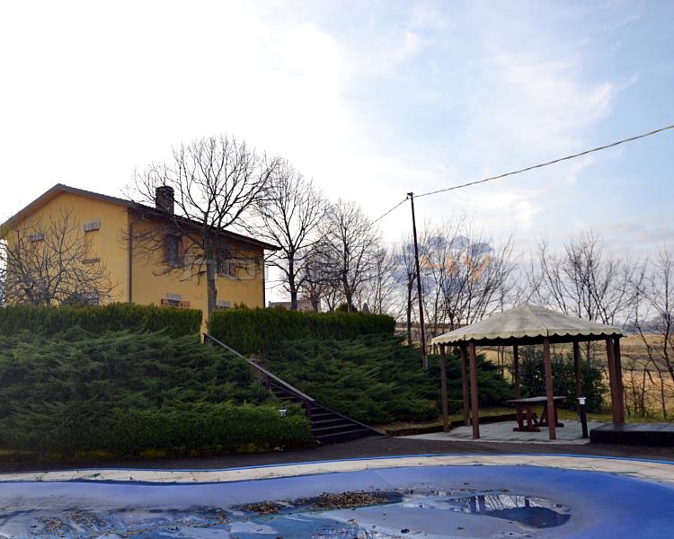 Appartamento in vendita a Barchi, 4 locali, prezzo € 210.000 | Cambio Casa.it