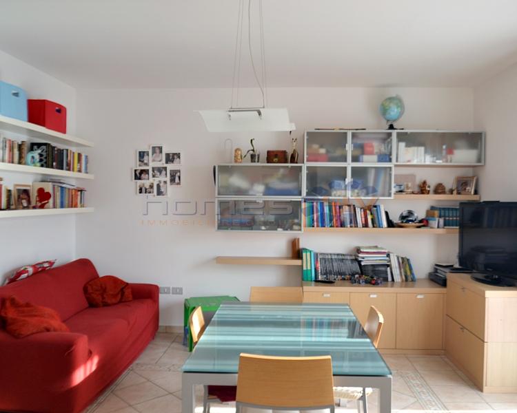 Appartamento in vendita a Cartoceto, 3 locali, zona Zona: Lucrezia, prezzo € 140.000 | Cambio Casa.it