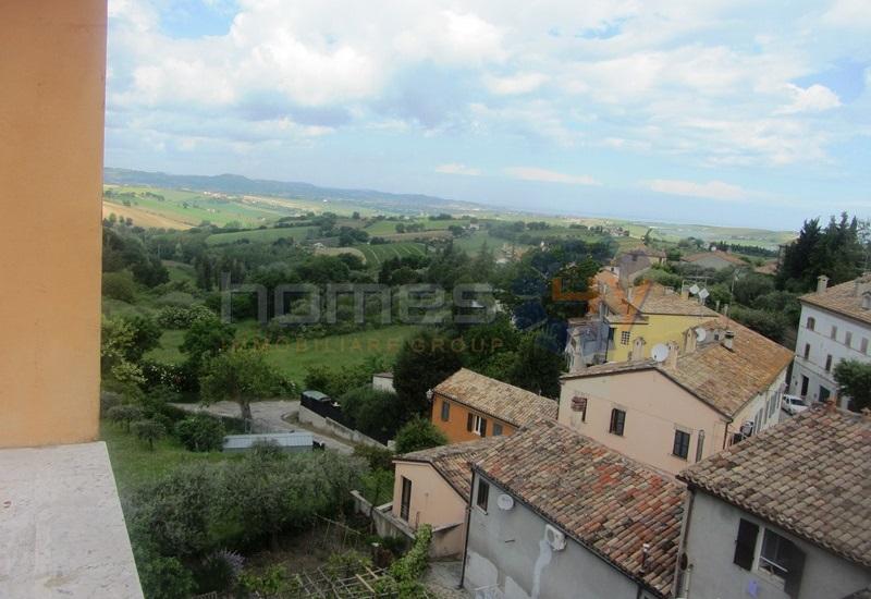 Appartamento in vendita a San Costanzo, 7 locali, prezzo € 130.000 | Cambio Casa.it