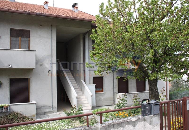 Appartamento in vendita a Orciano di Pesaro, 4 locali, prezzo € 125.000 | Cambio Casa.it