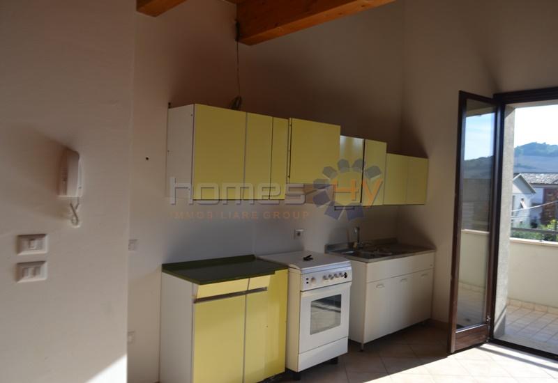 Appartamento in affitto a Fossombrone, 3 locali, prezzo € 350 | Cambio Casa.it
