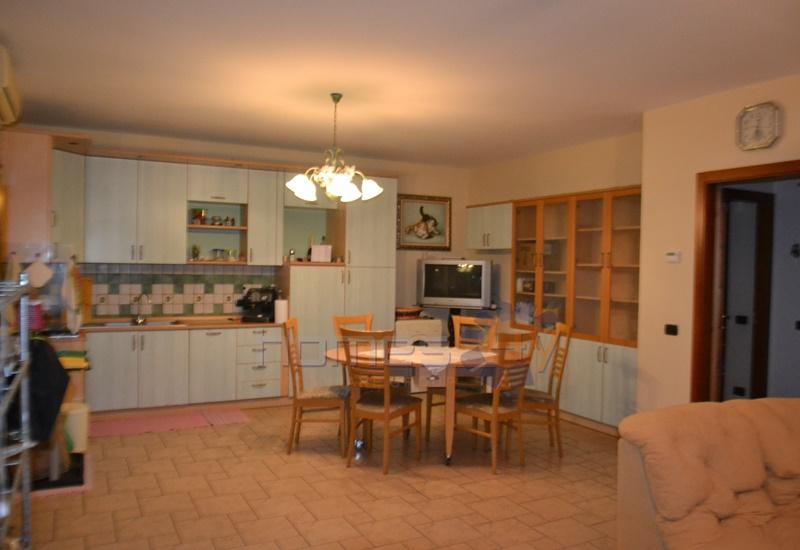 Appartamento in affitto a San Costanzo, 3 locali, prezzo € 450 | Cambio Casa.it