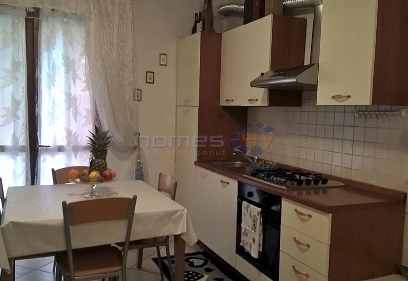 Appartamento in affitto a Cartoceto, 3 locali, zona Zona: Lucrezia, prezzo € 400 | Cambio Casa.it