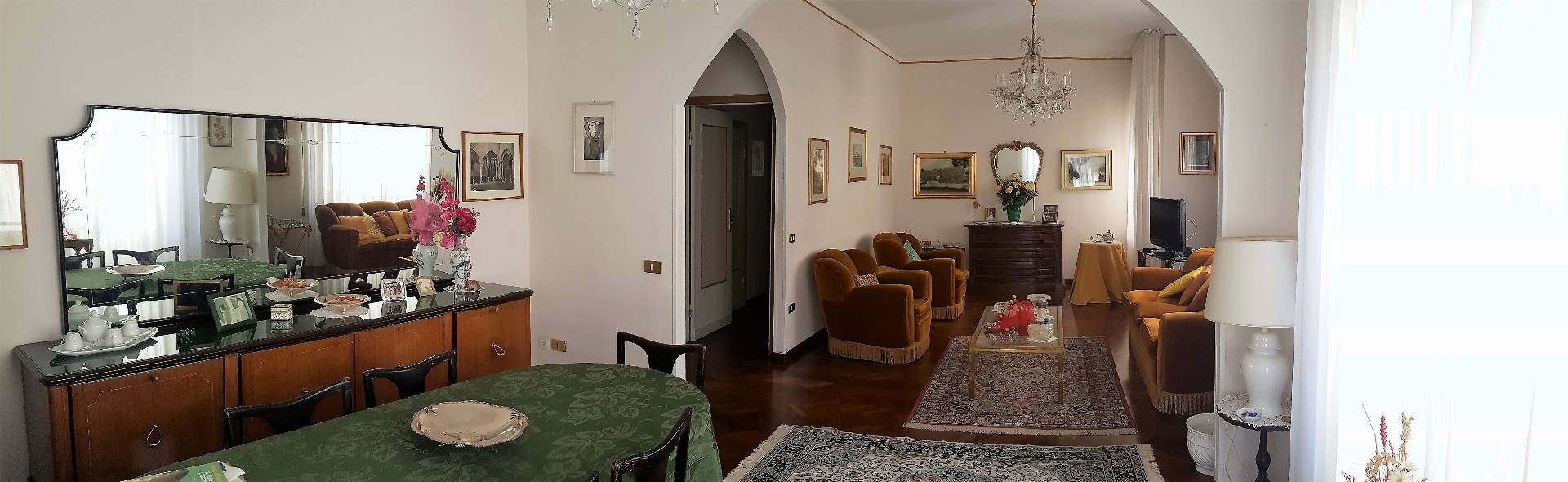 Appartamento in vendita a Ascoli Piceno, 6 locali, zona Località: CentroStorico, prezzo € 190.000 | Cambio Casa.it