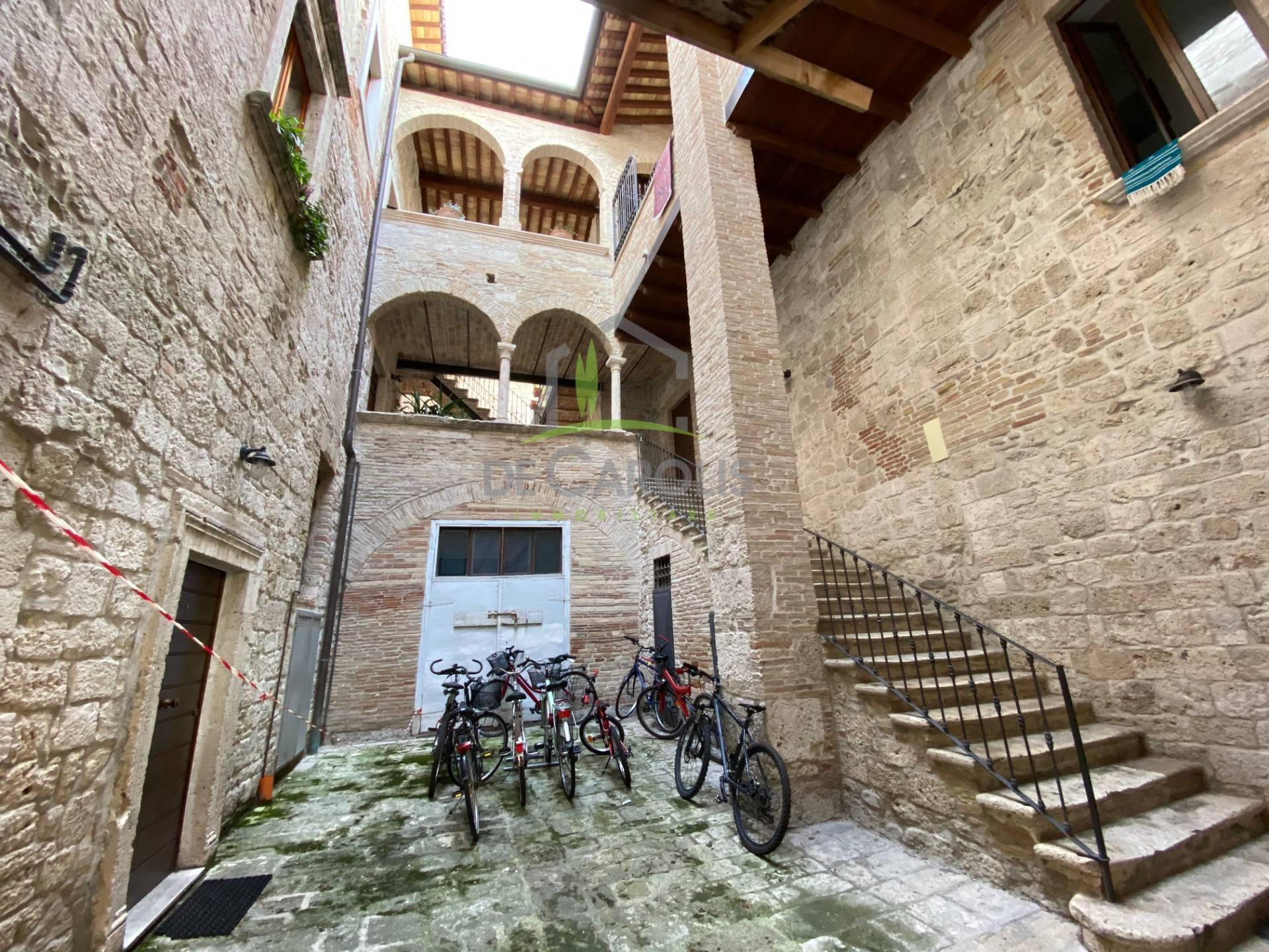ascoli-piceno vendita quart: centro storico aurea-immobiliare