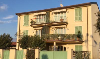 <strong>Appartamento in Vendita</strong><br />Pietrasanta
