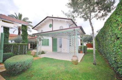 <strong>Holiday home - Villa</strong><br />Pietrasanta