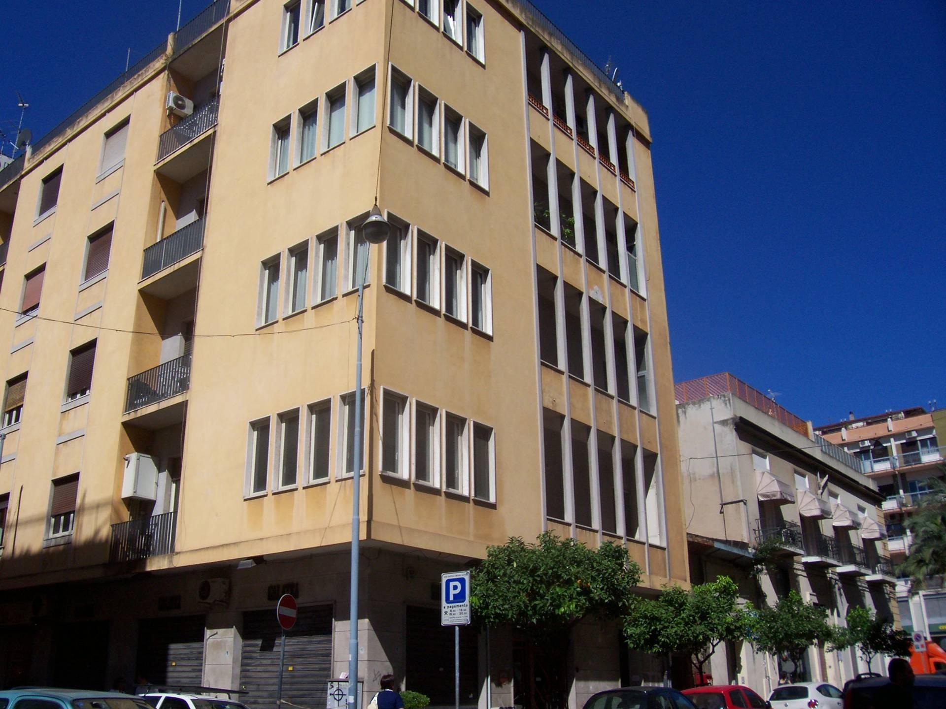 affitto appartamento messina centro  800 euro  5 locali  145 mq