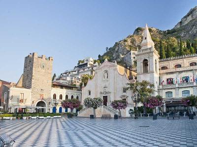 Vai alla scheda: Locale Commerciale Vendita - Taormina (ME) - Codice 883