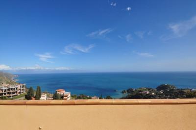 Vai alla scheda: Appartamento Affitto - Taormina (ME) | Centro - Codice -2-2191